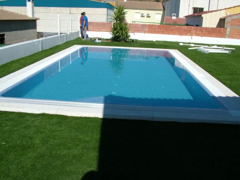 Piscinas pequeas precios free piscinas de fibra coinpol for Piscinas para enterrar precios