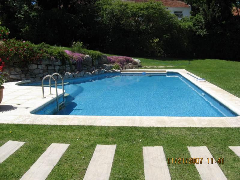 Tipos de piscinas piscinas cirino for Jardines con piscinas desmontables